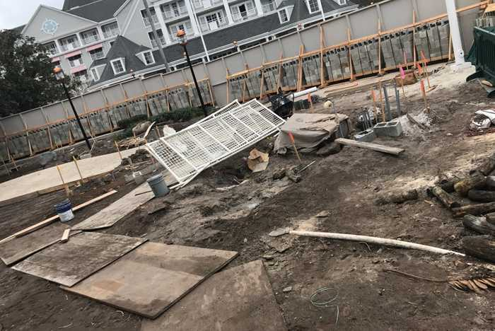 Yacht Club poolside cabana construction