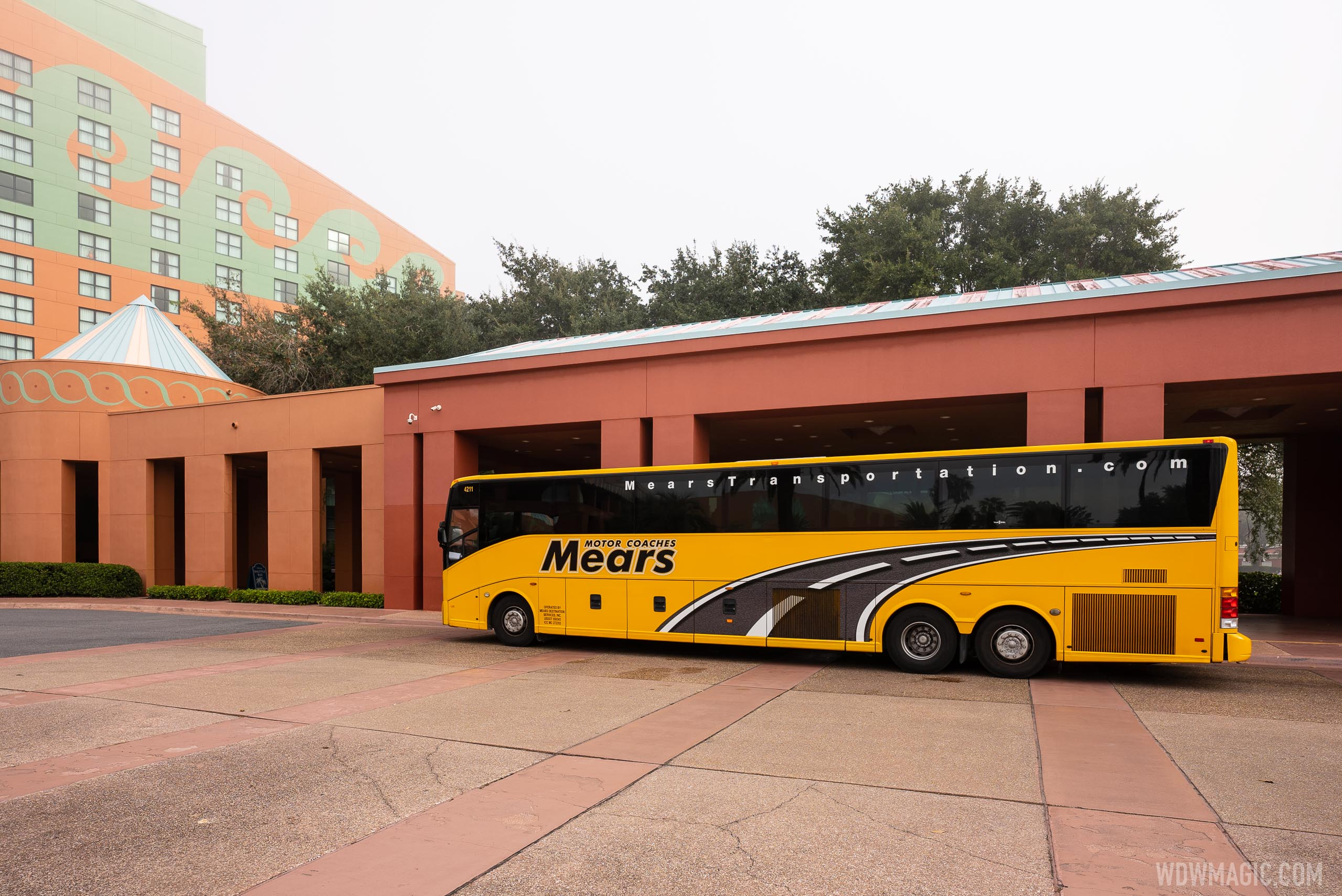 Mears theme park shuttle at Swan and Dolphin
