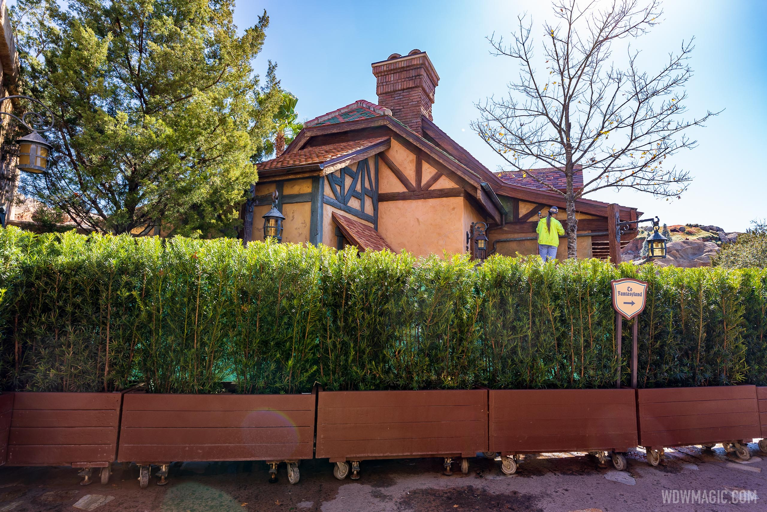 Bonjour Village Gifts exterior refurbishment - February 5 2021