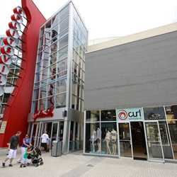 Curl by Sammy Duvall in new location at Downtown Disney West Side