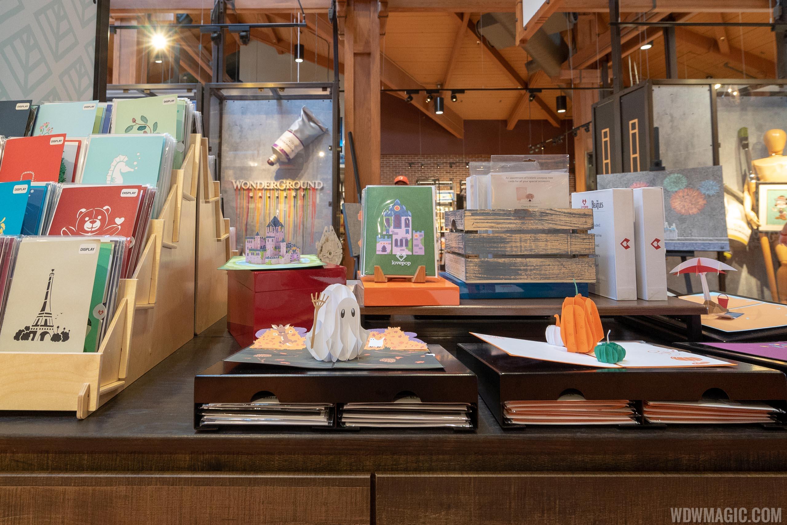 Lovepop kiosk at Disney Springs
