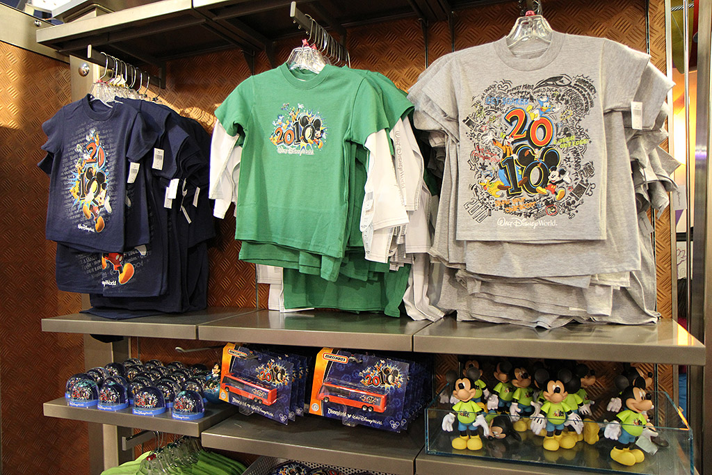 New 2010 merchandise at Mouse Gear