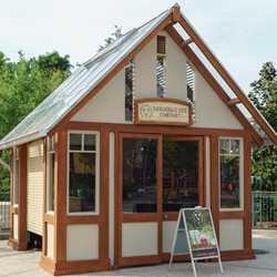 Savannah Bee Company kiosk