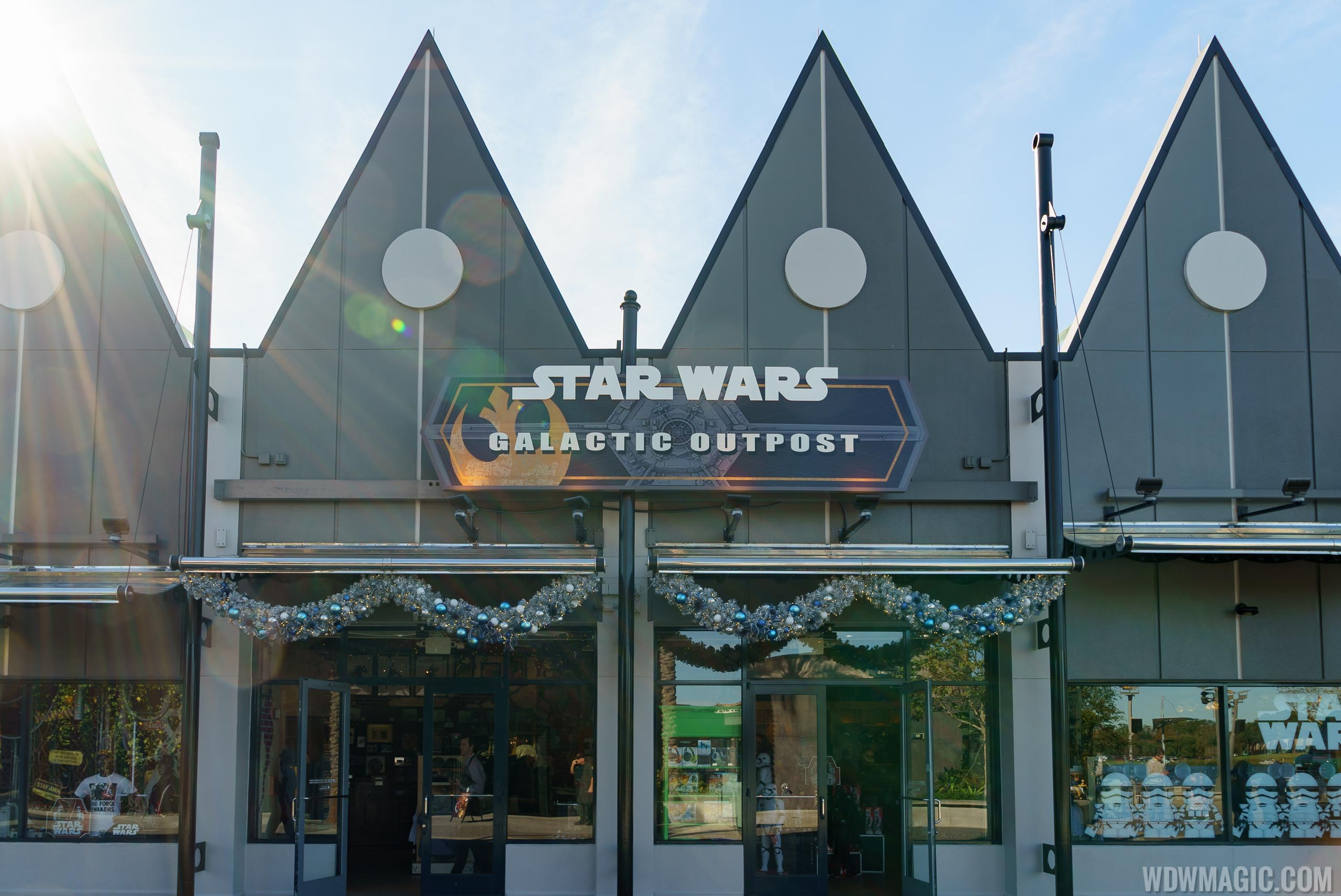 Photos Star Wars Galactic Outpost Opens At Disney