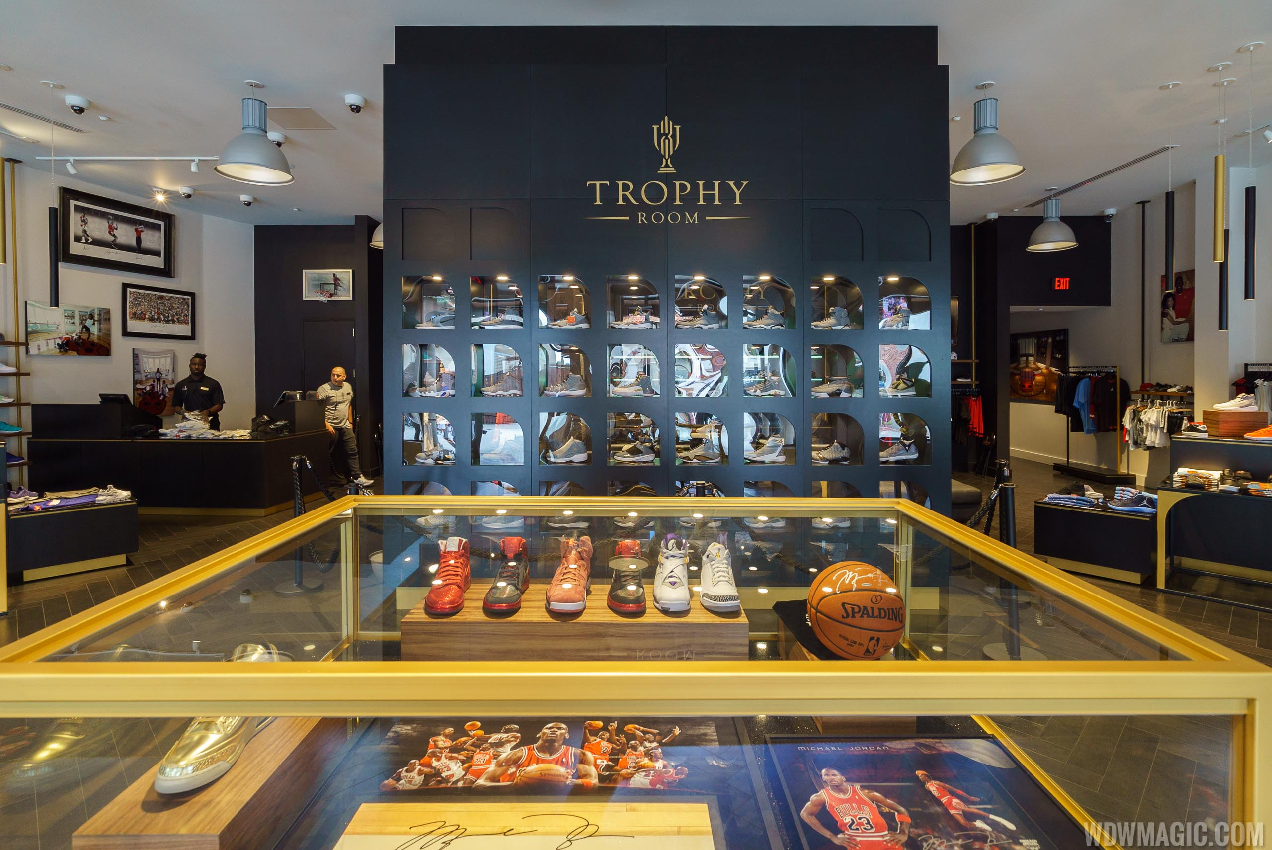 Trophy Room at Disney Springs to close