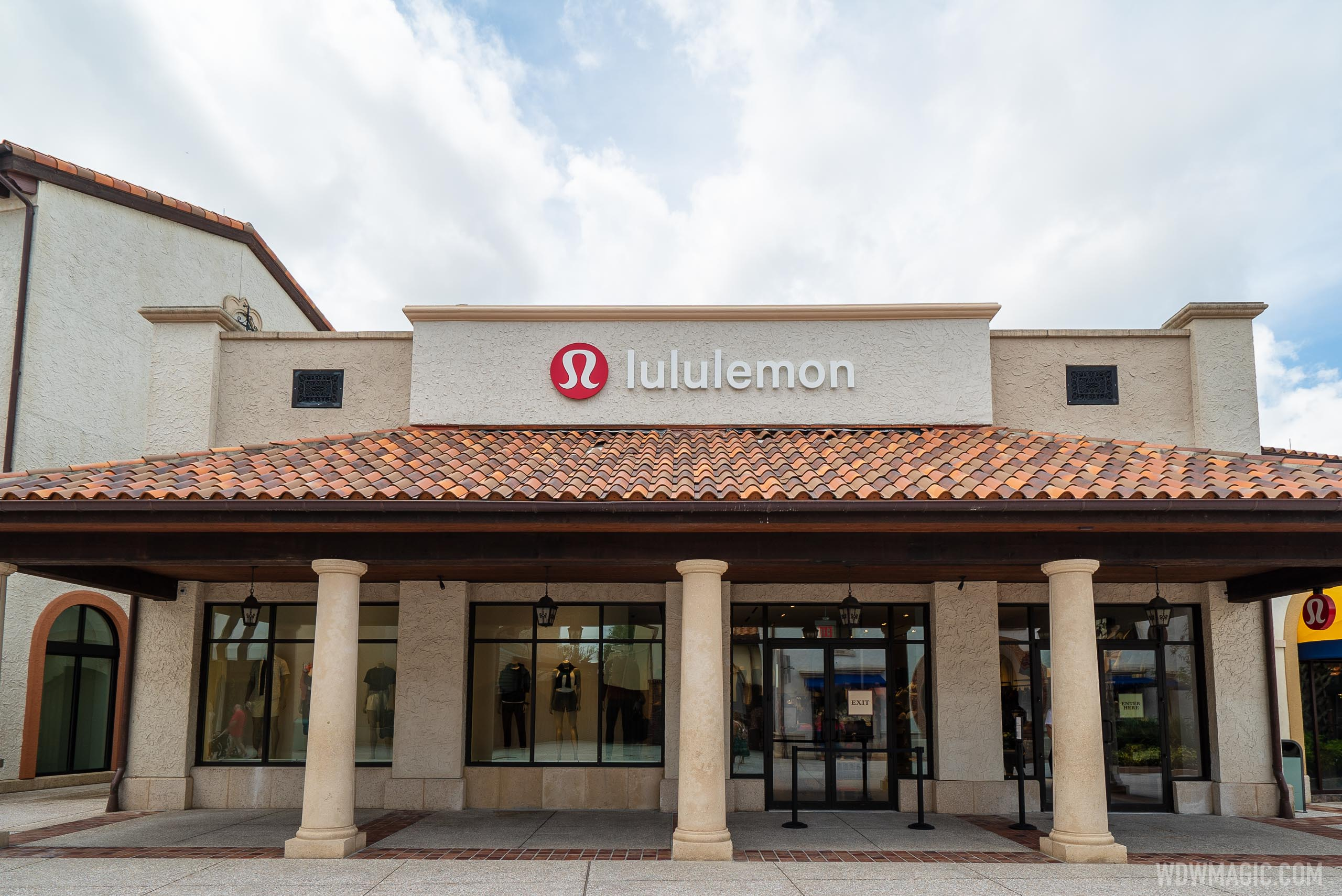 Lululemon Disney Springs overview