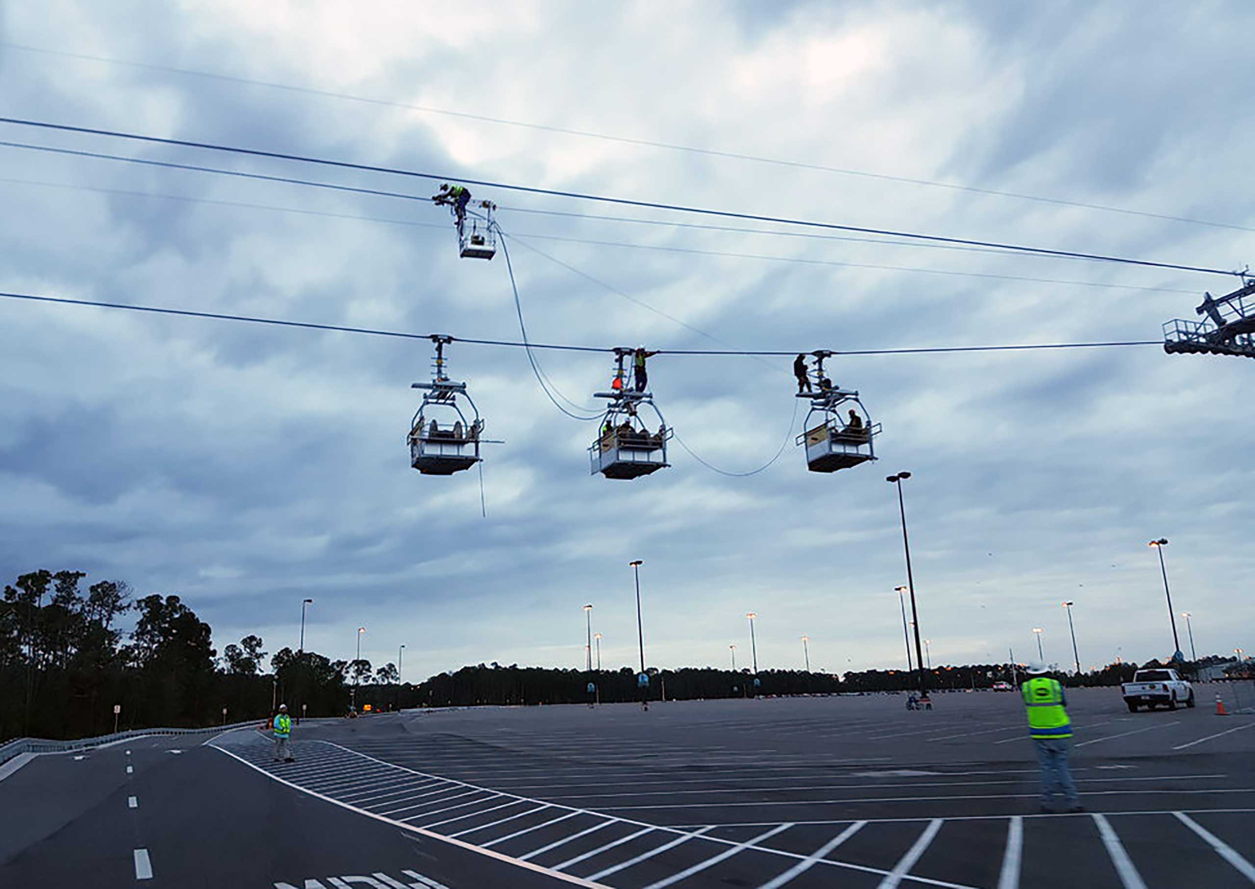 Maintenance gondolas on the Skyliner cables