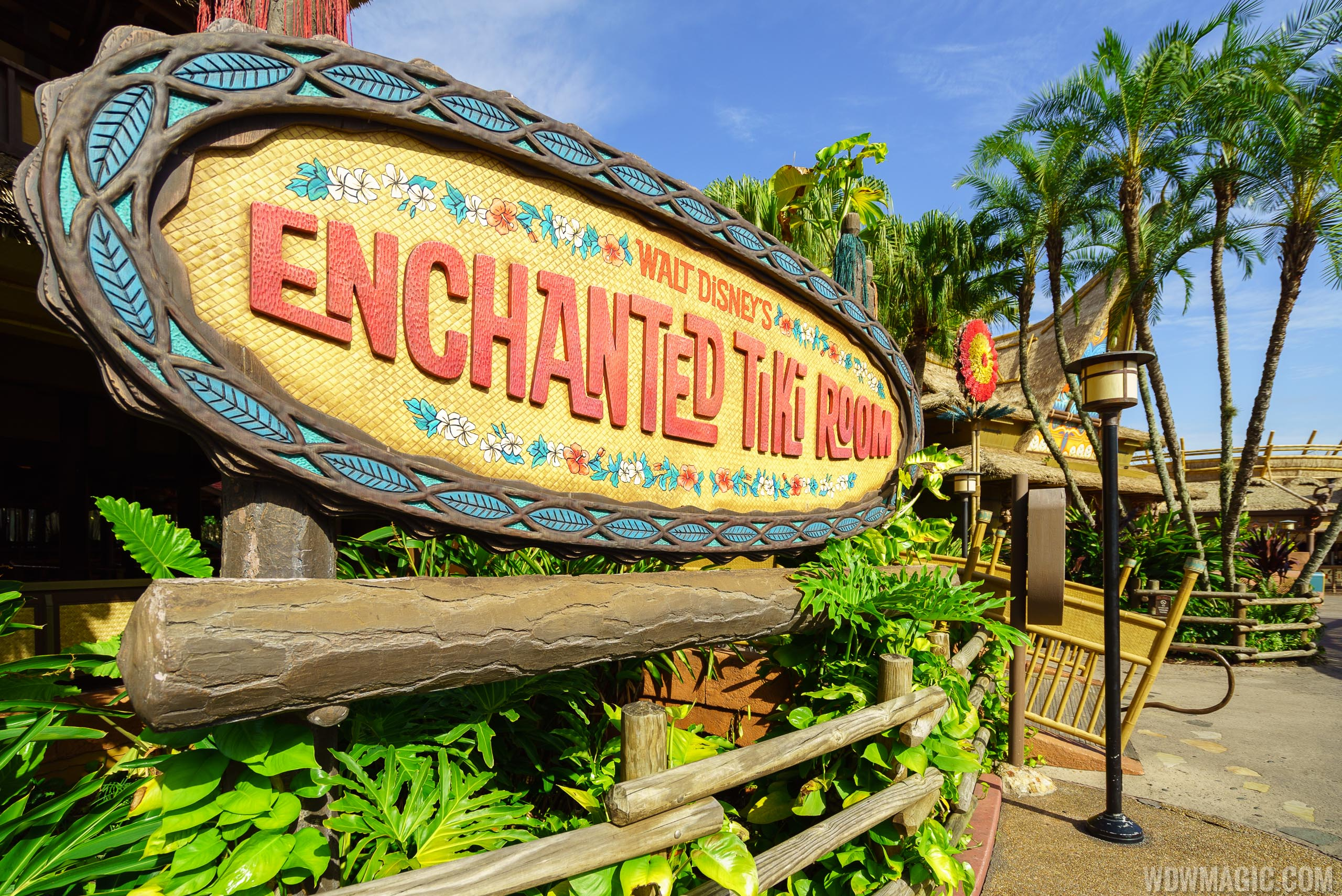 Walt Disney's Enchanted Tiki Room marquee