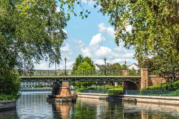 Bridge to International Gateway