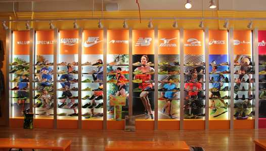 Fit2Run runner's store making a return to Disney Springs