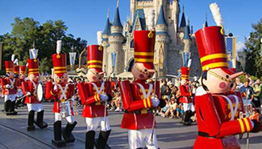 VIDEO - Mickey's Once Upon A Christmastime Parade
