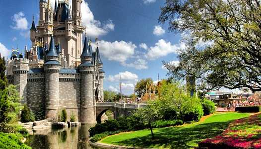 Walt Disney World Resort becomes sponsors of the UCF Knights
