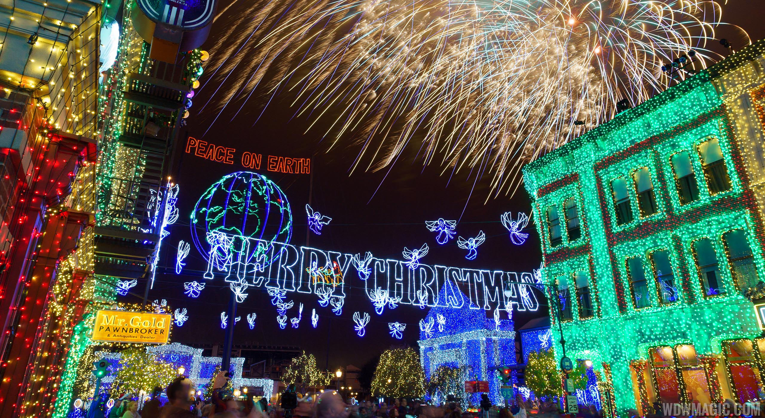 Look back at the Osborne Family Spectacle of Dancing Lights