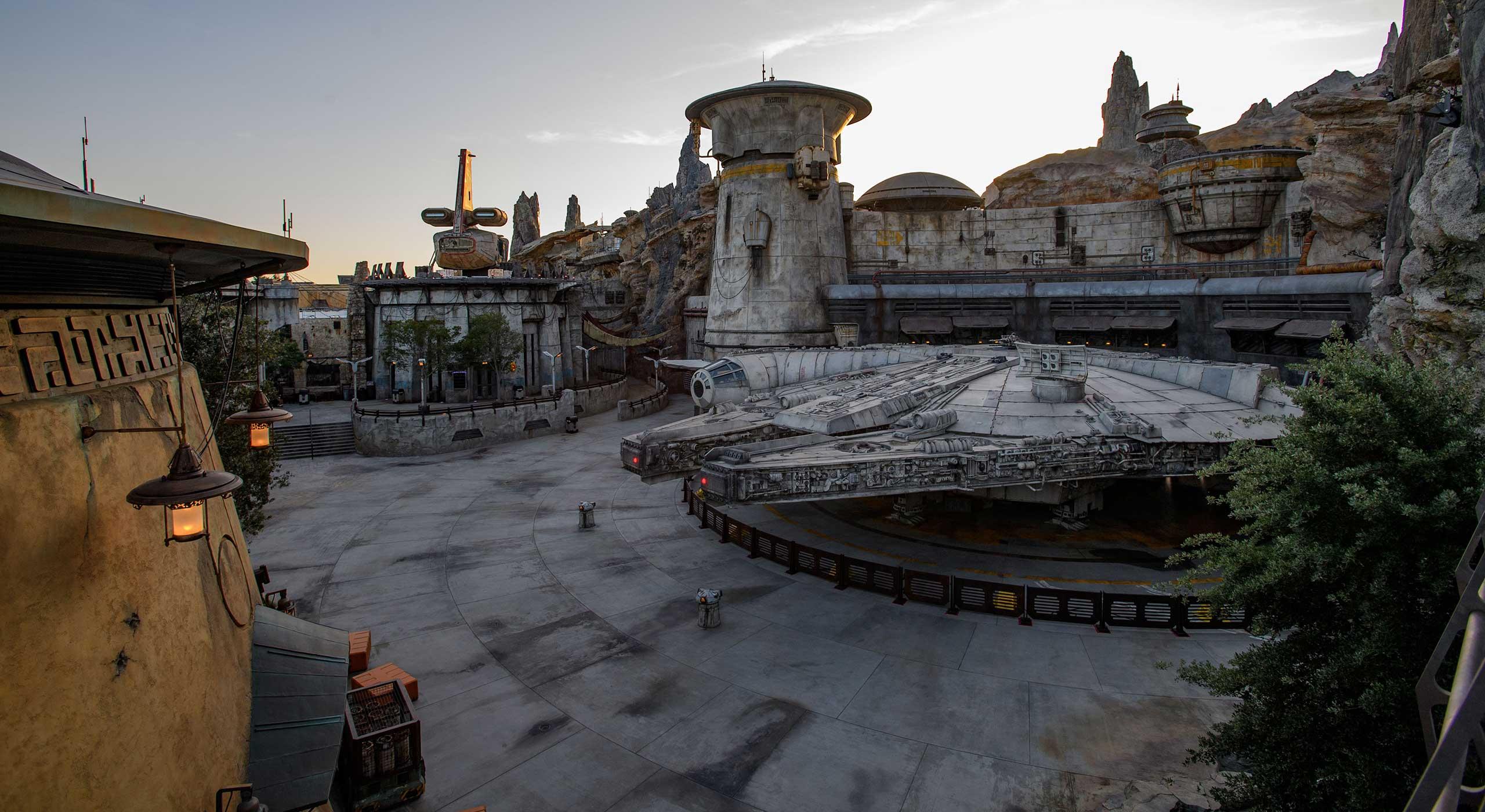 Latest Star Wars Galaxy's Edge coverage